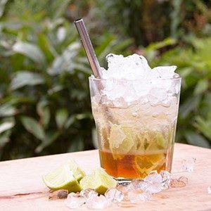 Unser Sommer-Tipp: der alkoholfreie Honig-Caipi